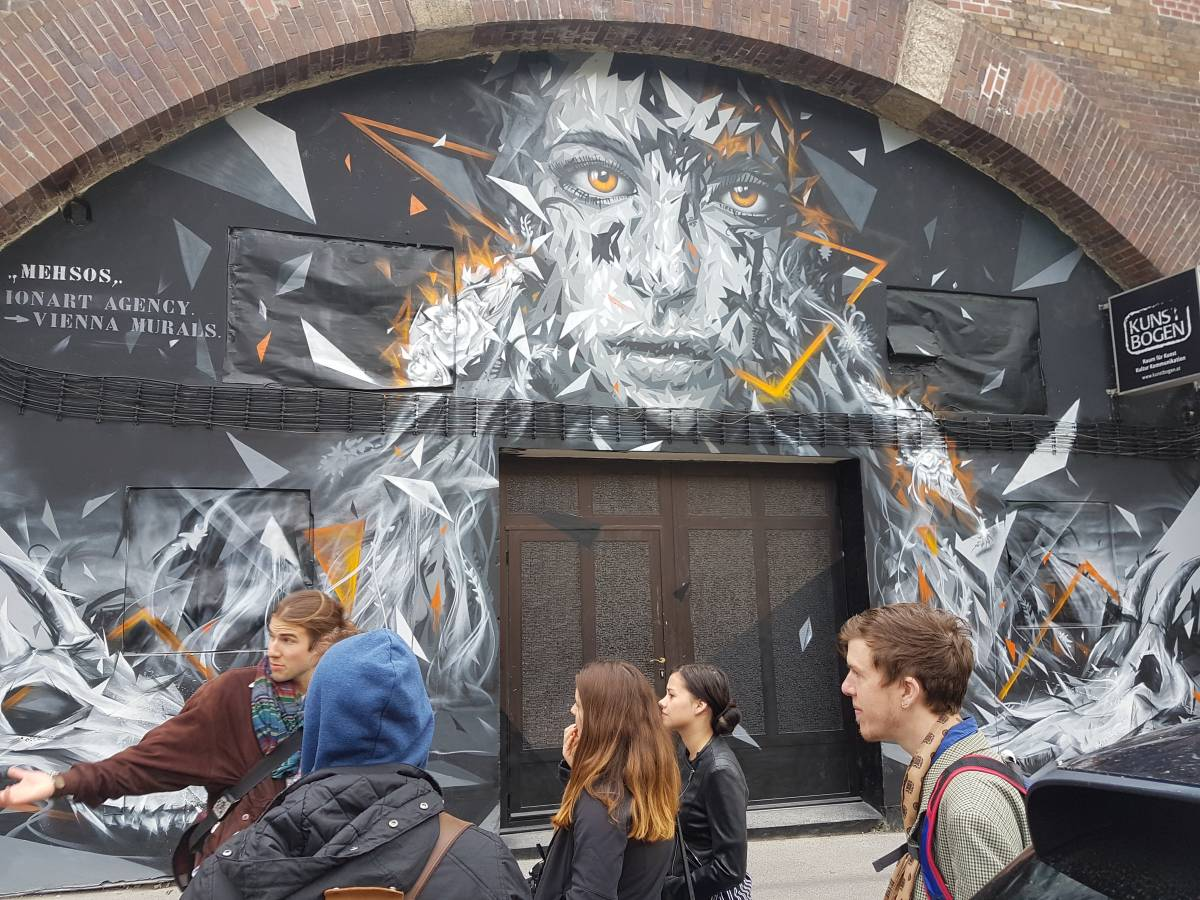 MEHSOS - iOnArt - GRAFFITI - VIENNA - KUNSTBOGEN - PRIMETOURS - iOnArt - Streetart Walking Tour