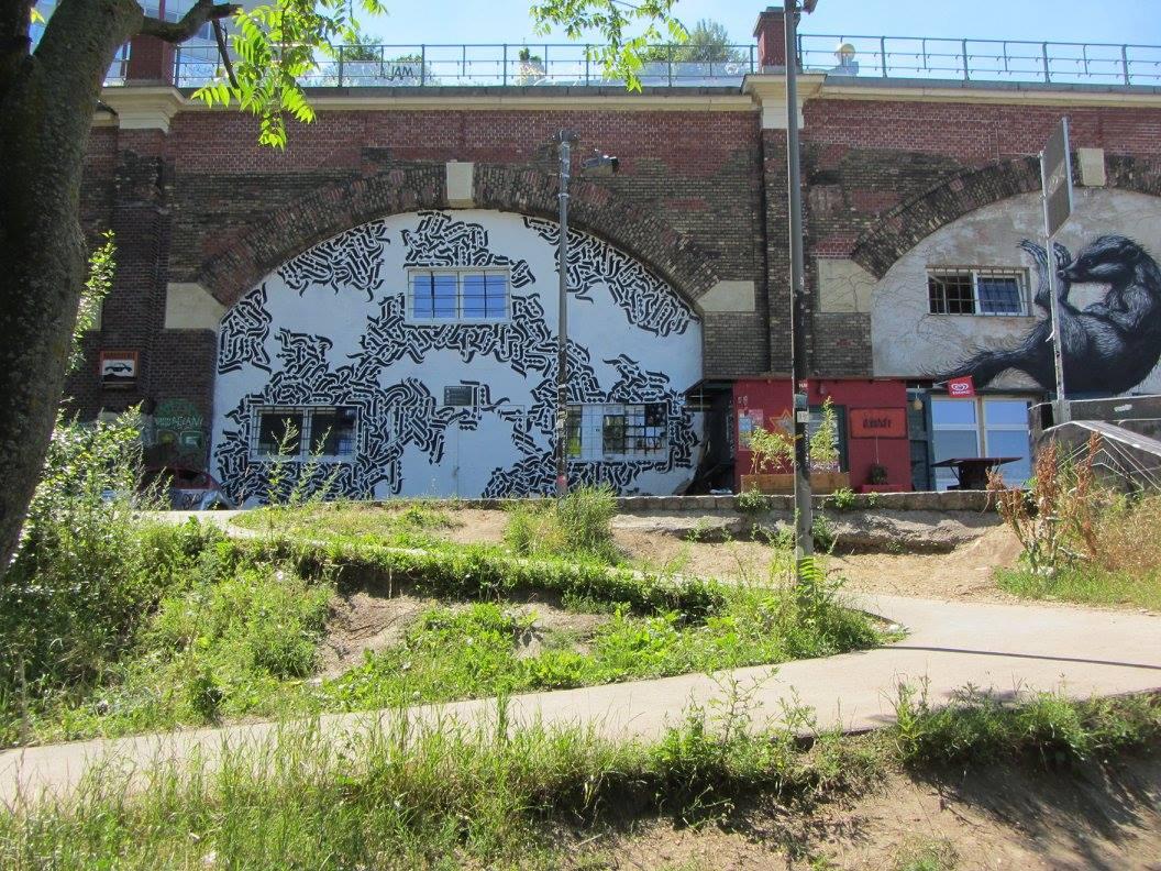 Lichtbogen334 Graffiti iOnArt Spittelau
