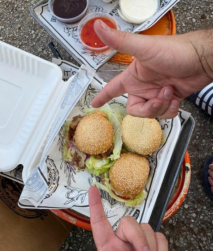 Johny`s Burger_pulpfiction_diso_mural-city_pöchlarn